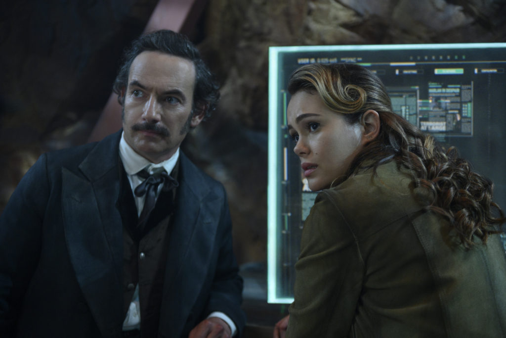 Altered Carbon Season 2 Dig and Poe